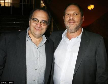 性、兄弟、财务危机、政治风气,谁搞垮了这位好莱坞巨鳄?