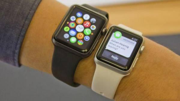 日前,在腾讯《巅峰问答》最新一期访谈节目中,受邀的世界可穿戴之父彭兰特表示,他不会买苹果手表。在他看来,可穿戴设备应该是应用于社交、而不是信息(显示)。言外之意就是说,苹果手表过于着重于信息功能的展示,而在社交属性上是有缺失的,而这可能恰恰是智能可穿戴设备的下一个发展方向。