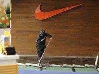 避税丑闻、球衣破损、巨星遮标,麻烦不断的Nike如何绝境求生?