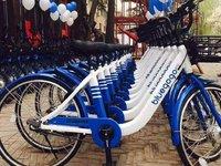 小蓝单车CEO父亲现身北京: 谁要钱给谁打工