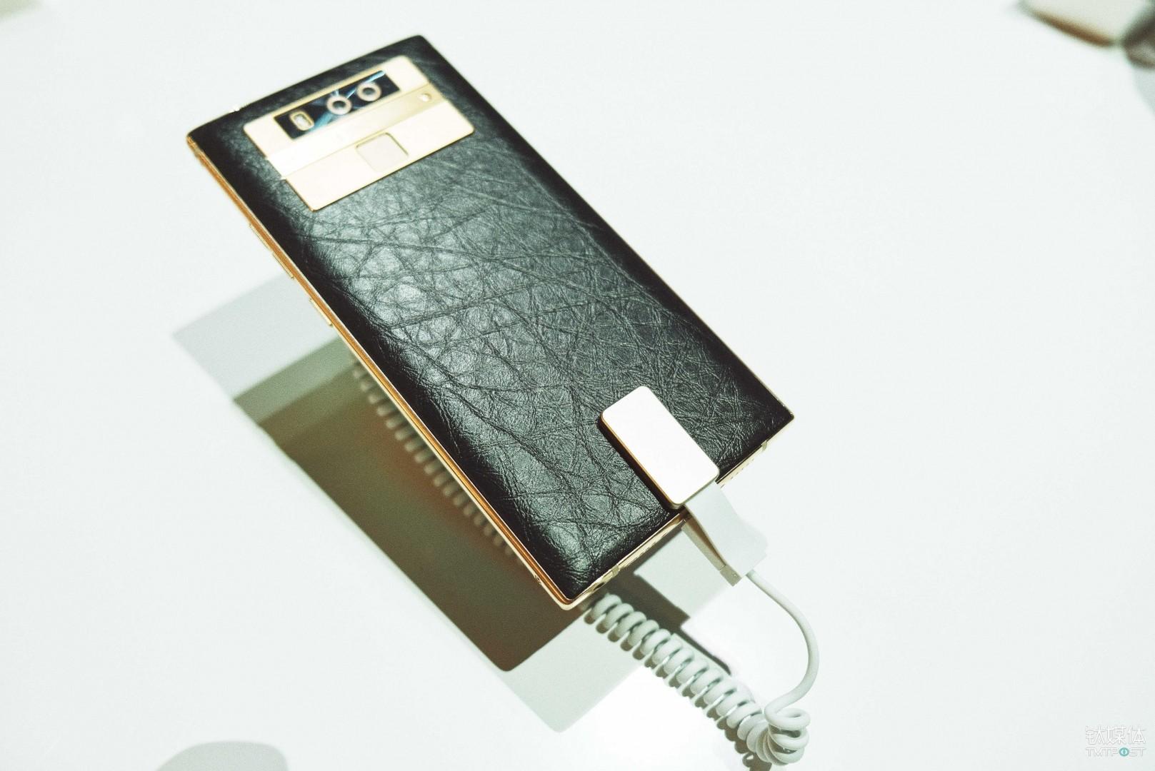 金立 M7 Plus-小牛皮后盖与镀金金属中框
