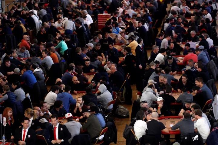 一個體育人+撲克愛好者的2017年度體育產業總結