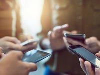 """【钛晨报】 IDC:""""Plus""""版大屏手机成趋势,份额即将超过常规尺寸机"""