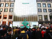为提升品牌形象,OPPO把首家超级旗舰店开在上海
