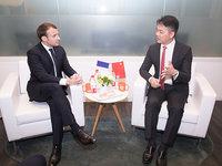 刘强东与马克龙会面,京东两年内将销售20亿欧元法国货 | 钛快讯