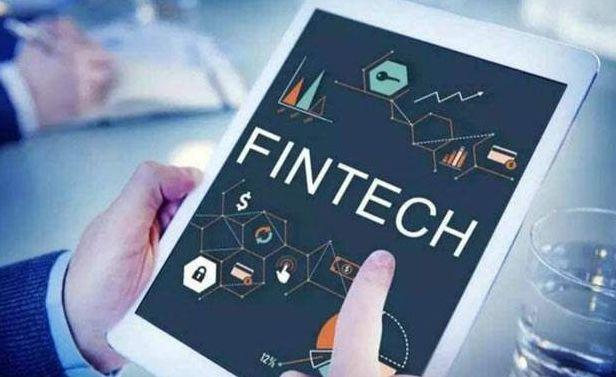 整体上看,传统金融机构正在重复互联网金融机构2013-2016年走过的路。