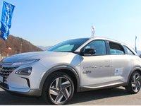 试驾现代氢燃料电池车NEXO:一台车用56克铂金,3分钟加满氢能跑600公里