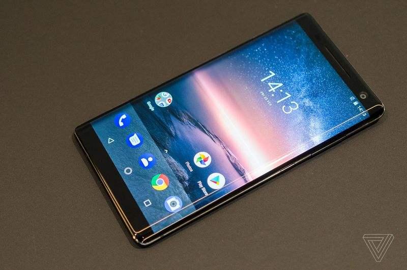 Nokia 8 Sirocco 图片来源于:the verge