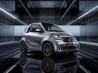 奔驰smart fortwo耀钛度特别版上市,售价16.4万元,全国限量发售300台 | 钛快讯