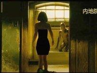 """给裸背女主""""穿""""上小黑裙,来了解一下限制级电影镜头的""""技术手段"""""""