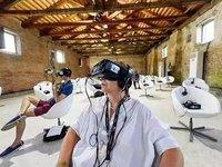 跟《头号玩家》相比,现在的VR影院可能更适合用来养生