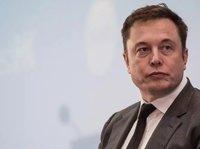 马斯克刚说完Q3实现盈利,特斯拉Model 3工厂停工 | 钛快讯