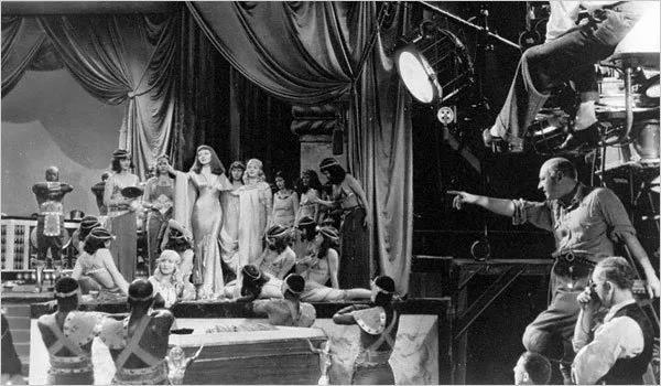 卡尔弗片场的常客——大导演Cecil B. DeMille