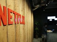 硅谷大战好莱坞:亚马逊影业搬到卡尔弗,Netflix收购电影院