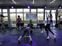 "Keepland:一个""不办年卡""健身空间的新使命丨钛媒体影像《在线》"