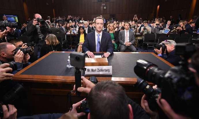 Facebook首席执行官马克·扎克伯格(Mark Zuckerberg)出席国会听证会