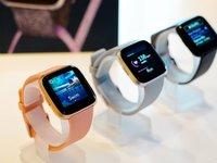 跟踪大姨妈不发愁,Fitbit Versa智能手表1589元国内发售|钛快讯