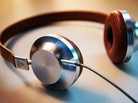 智能耳机史(下):品牌阶层固化,与产品的三路跃迁