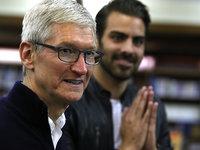 苹果市值突破万亿美元,高峰也意味着新拐点?