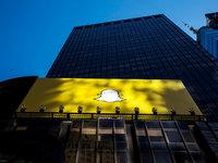 试水硬件、拉拢媒体,复盘Snapchat的自救之路