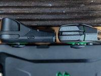 新增四方向键,组合功能更多,黑鲨游戏手柄二代上手玩 | 钛极客