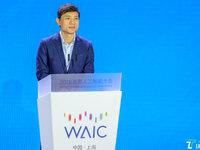李彦宏:绝大多数企业要率先拥抱AI,不然会被取代 | 2018年世界人工智能大会