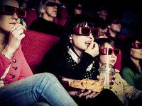 """《黄金兄弟》《江湖儿女》等17部电影扎堆,中秋档大盘为何依旧""""凉凉""""?"""
