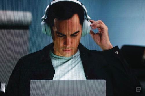 微软推出的第一款无线降噪耳机