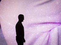 """《纽约客》记者眼里的扎克伯格:""""自动机器""""的另一面"""