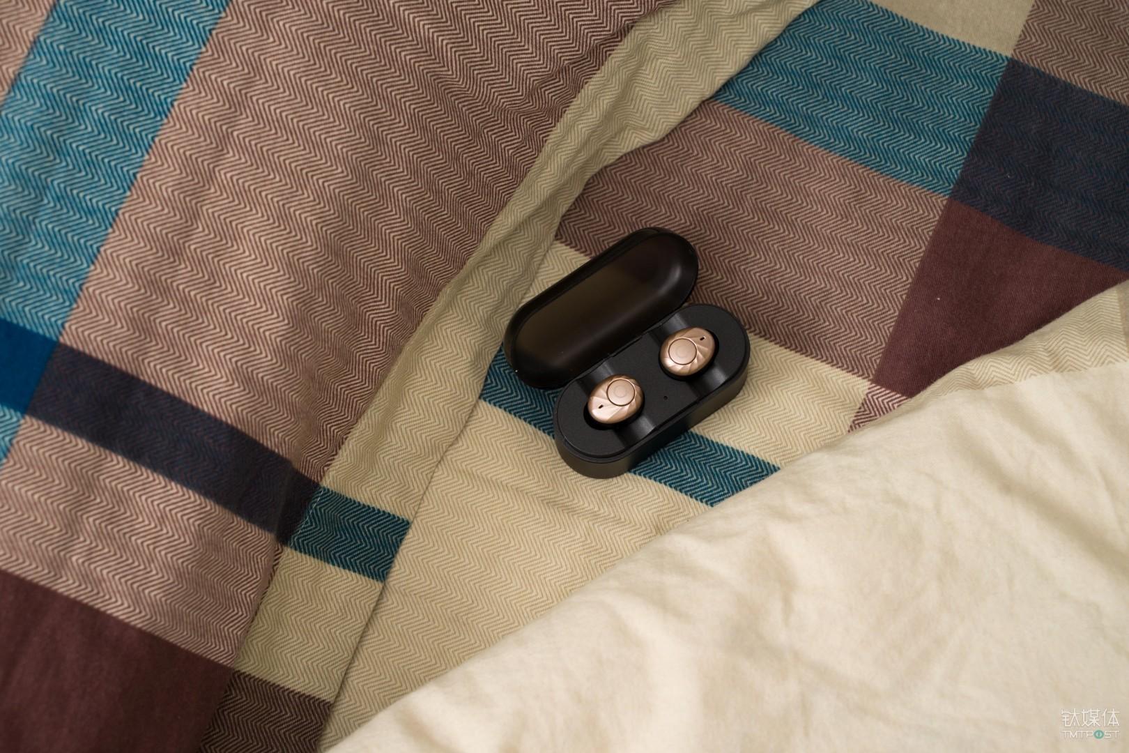 无线耳机更适合睡觉佩戴