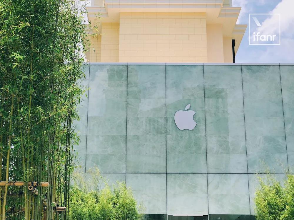 一块玻璃价值百万,Apple Store 才是苹果最美的硬件