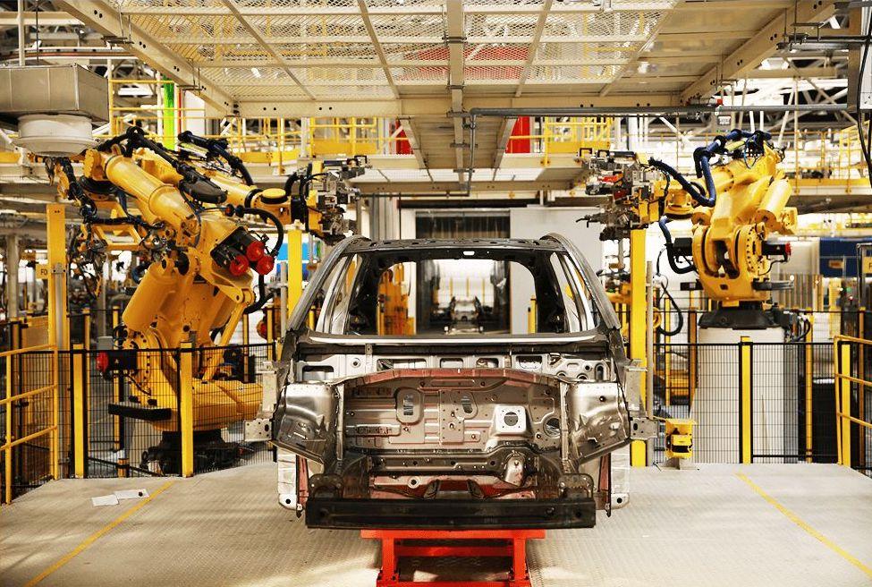 依托目前业内最为先进、成熟的集成模块化设计,威马将整套系统的占地面积大大降低到了仅需3个工位的面积,确保威马旗下产品车身拥有最可靠和稳定的强度
