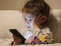 """""""一块屏幕"""",到底会不会影响孩子的生活?"""