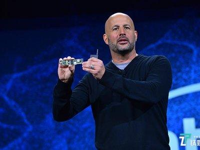 "PC市场触底反弹,英特尔聚焦""下一个计算时代"""
