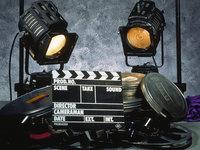 """8天密集上映21部影片,混战背后是国产片正在放弃""""春运档""""?"""