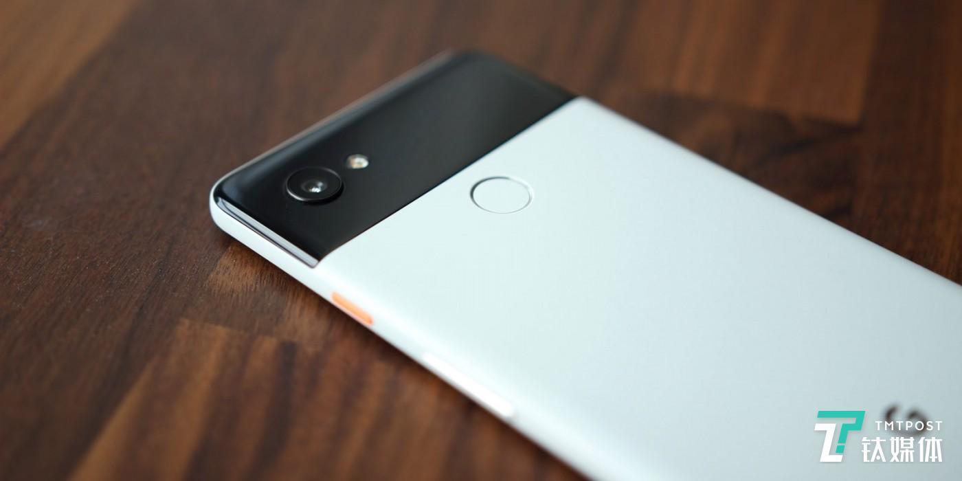 Pixel 3 系列背面