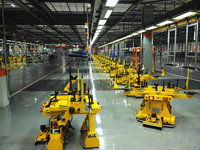 """""""世界工厂""""掀起""""机器换人""""大潮,60台机器干650个人的活"""