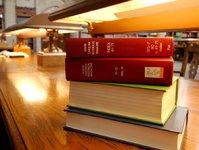 纸质书不会消亡,除非你习惯了为机器上的深阅读付费