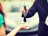 一家卖二手车的和做新车电商的有了合作,人人车是怎么想的?