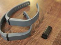 Fitbit如果把竞争对手Pebble收购了,Jawbone怎么办?