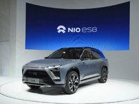 蔚来汽车发布民用量产车ES8,并计划再生产10台超跑EP9,售价148万美元