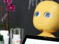 这个可爱到犯规的机器人,未来可能就是你的私人健康助理 | 日日黑科技