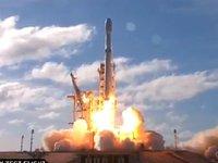 【钛晨报】马斯克成功发射猎鹰重型火箭,还带上了他的敞篷跑车
