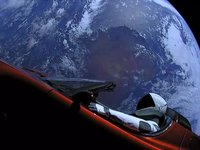 SpaceX马斯克光芒万丈背后,亚马逊贝佐斯的不服