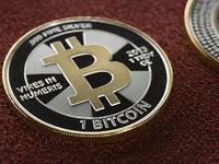 当泡沫遇上泡沫:比特币挑战下,当前法币和金融体系的困境