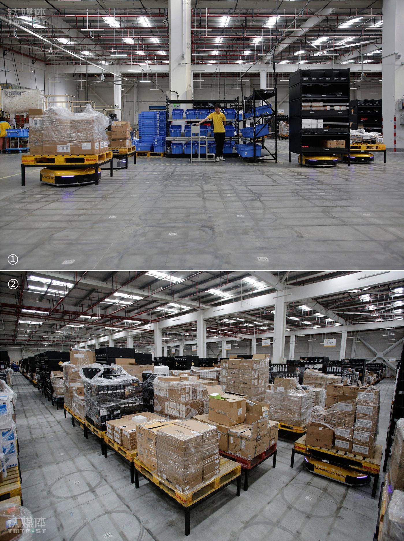 2018年5月11日,上海,苏宁奉贤物流中心3C仓库2号拣选工作站,操作员胡红杨在等待AGV物流机器人排队将货物运送到拣货区域。这个仓库有7个专门针对物流机器人的拣选工作站,每个工作站的拣货区可容纳10个机器人同时排队。  一台机器人完成一次拣选后将托盘送回仓储区。仓储区域有1058个货架(含托盘、格子货架),地面的线条和圆是机器人移动摩擦留下的轨迹,圆圈中间人工部署的二维码是机器人的导航工具。