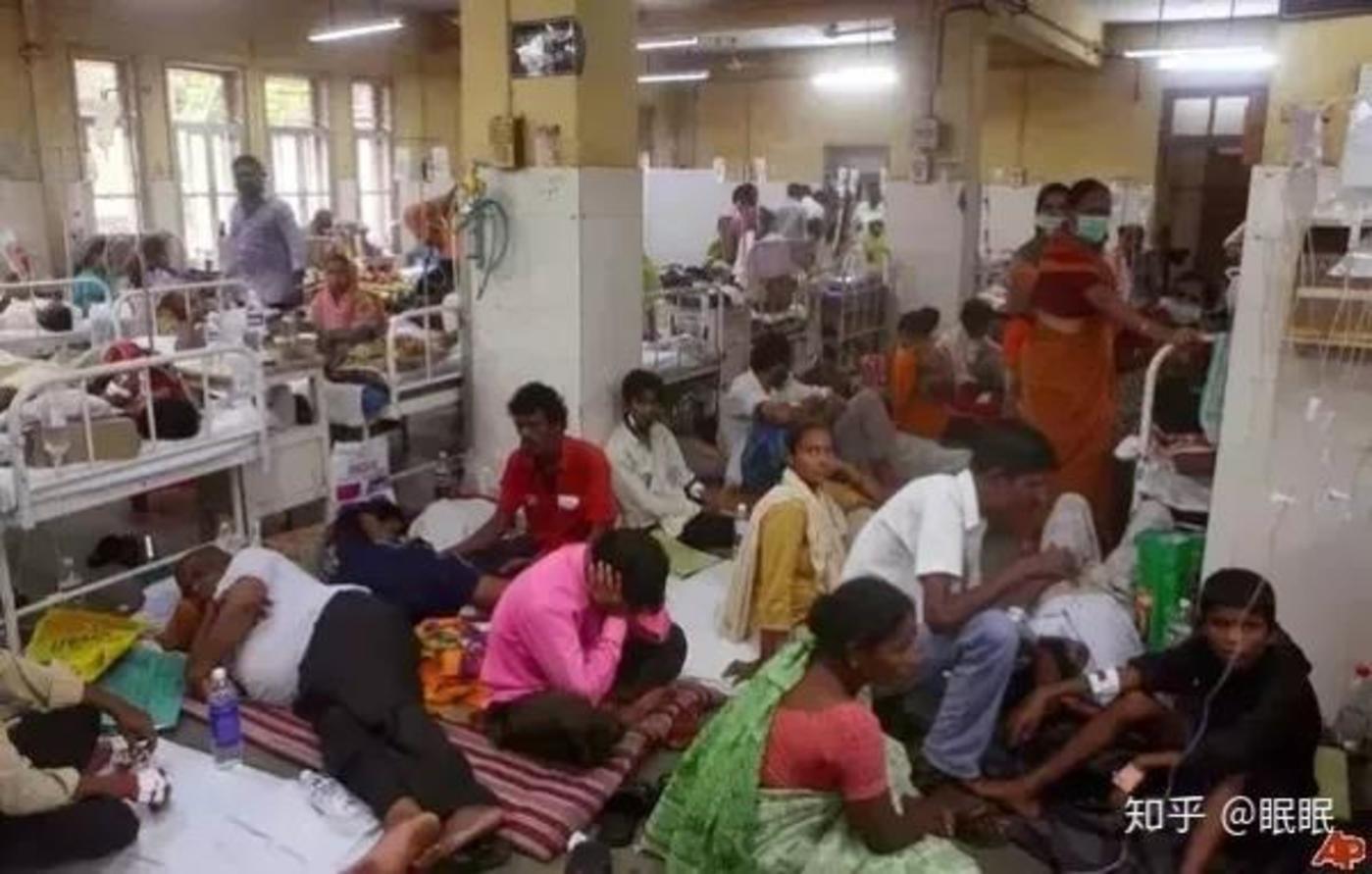 印度拥挤的公立医院