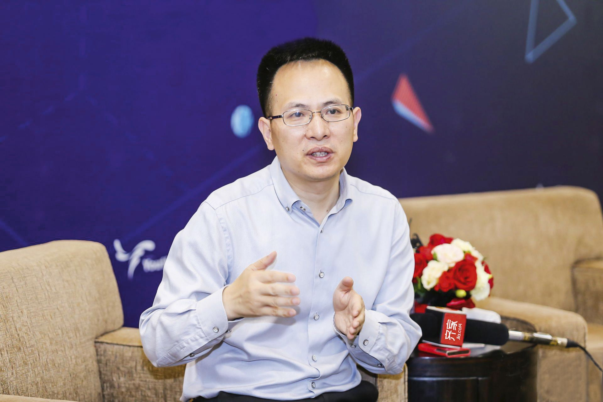 齐家网上市前发内部信:已成为中国最大的互联网家装平台 | 钛快讯
