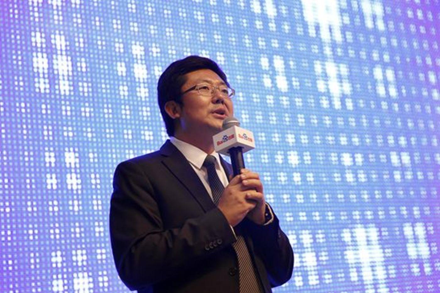 朱光在接手FSG之前,负责的大都是公关方面事宜。