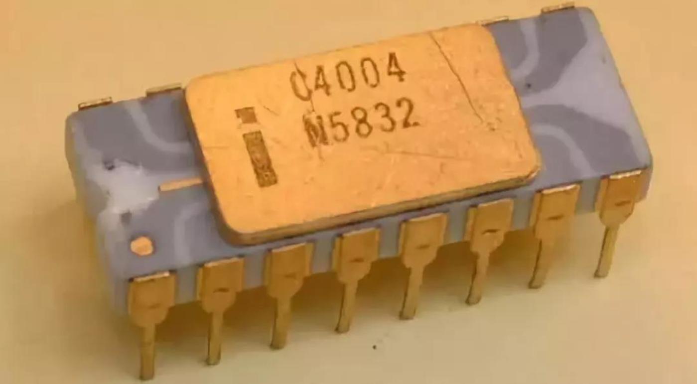 Intel第一款CPU 4004